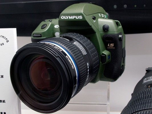 olympus_e-3_olive-533x400